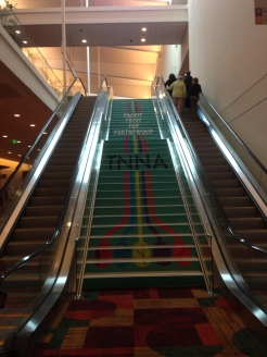 How cool are these steps? They rolled out the green carpet!